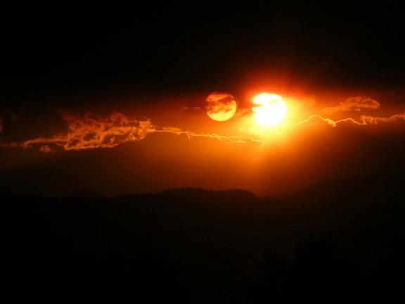 Nibiru Parked behind Sun