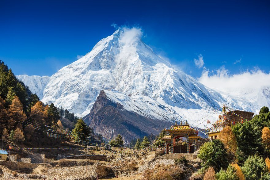 mt-manaslu-nepal